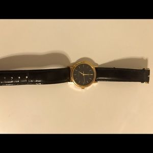 Vintage Casio Watch in black and gold